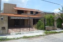Casa En Venta En Fraccionamiento Campestre, Mérida, Yucatán En 2,700,000 Mxn Con 44877m2