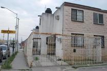 Casa En Venta En La Col Valle Sur