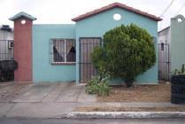Casa En Venta En Fraccionamiento Nuevo Amanecer, Matamoros, Tamaulipas En 315,000 Mxn Con 5600m2