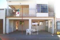 Casa En Venta En Fraccionamiento Los Manantiales, Hermosillo, Sonora En 650,000 Mxn Con 14200m2