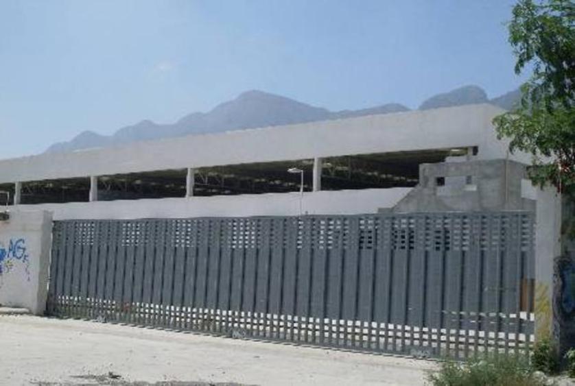 Nave industrial en Renta en Colonia Privadas la Huasteca, Santa Catarina, Nuevo León en 230,000 MXN con 000m2